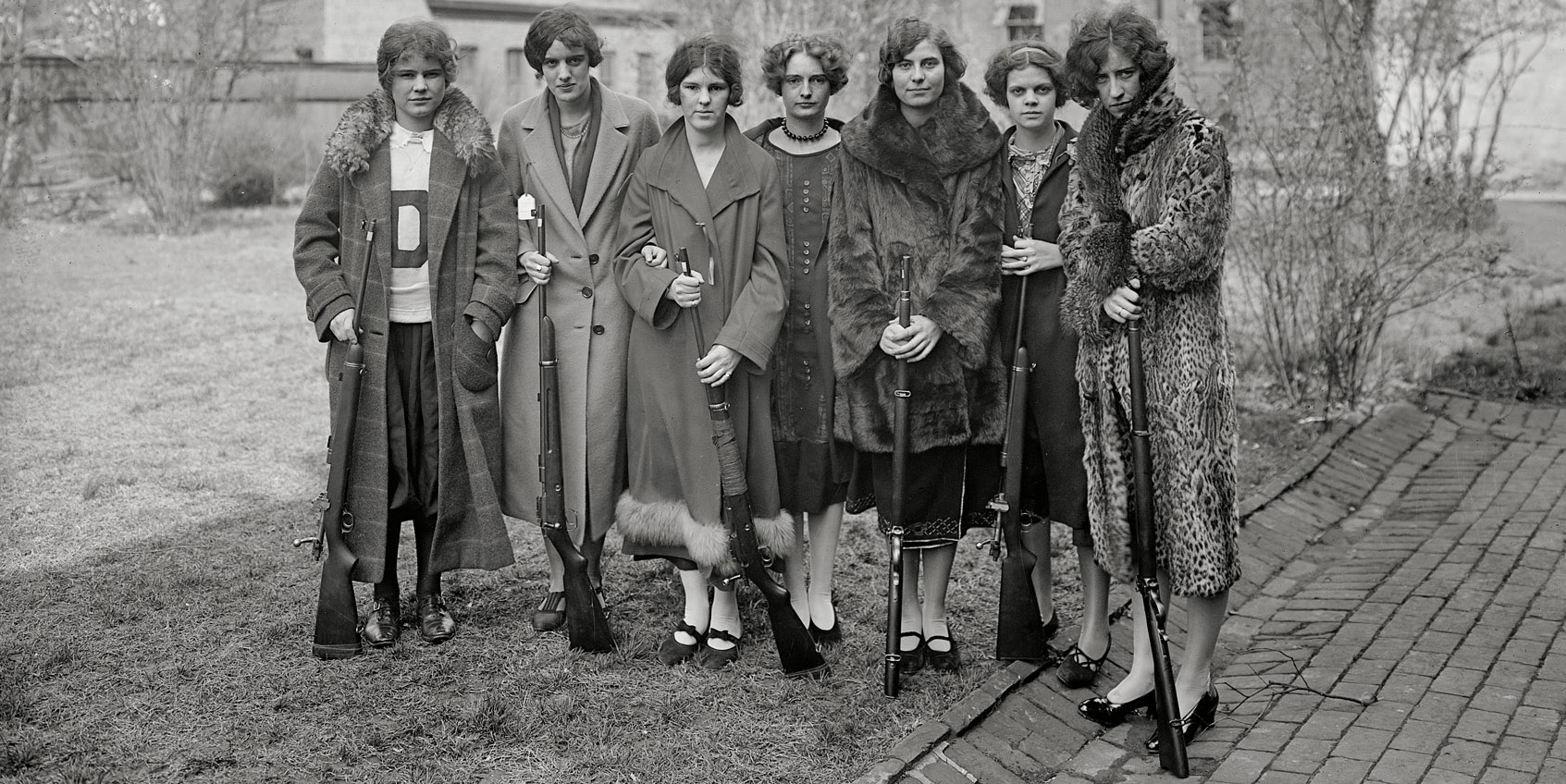 1925 Drexel Women's Rifle Team